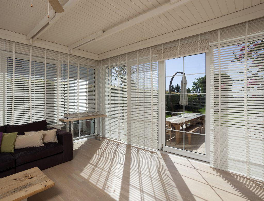 venetian bi fold blinds